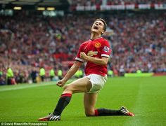 PLAYER RATINGS: Di Maria shines on home debut #dailymail