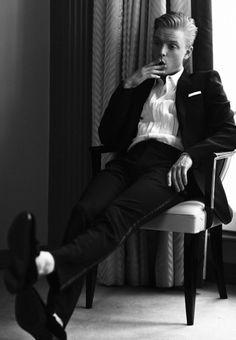 "men-men-everywhere: ""Freddie Fox "" Beautiful Days Festival, Freddie Fox, Badass Aesthetic, Fanart, Pose, The Secret History, Rich Kids, Male Photography, International Fashion"