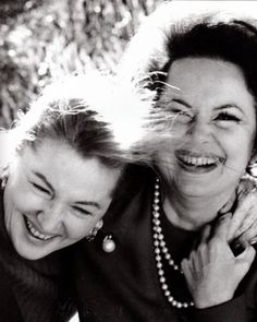 Sisters Olivia de Havilland and Joan Fontaine