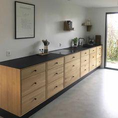 SkabRum, Kitchen in oak.  #kitchen #kitcheninsporation #homdecor #home #bolig #køkken #snedker #snedkerhåndværk