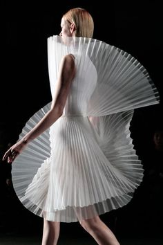 Sculptural Fashion - both delicate and hard... sheer pleats; 3d fashion construct; fashion architecture by bobbie