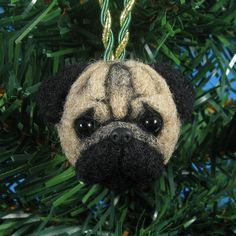 This was just to cute to pass up. Pug Christmas, Dog Christmas Ornaments, Felt Ornaments, Christmas Projects, Christmas Ideas, Wool Needle Felting, Wet Felting, Pugs, Snowshoe Hare