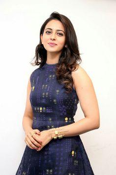 Rakul Preet Famous Indian Actors, Indian Celebrities, Indian Actresses, Most Beautiful Indian Actress, Beautiful Actresses, Justin Bieber, South Indian Actress, South Actress, Bollywood Actors