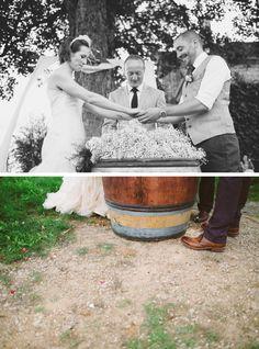 Mariage d'Alina et Joel en Bourgogne | Crédits: Robin et les Super Heros - Photographe / Vidéaste | Donne-moi ta main - Blog mariage -  #engagement #mariés #married #ceremony #ceremonie #mariage #wedding #mariée #bride