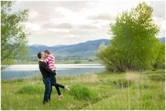 Colorado engagement photos at Coot Lake in Boulder. Lake engagement photo inspiration by Colorado photographer Plum Pretty Photography.