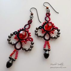 """Yarnplayer's Tatting Blog: Midnight Oil hand dyed thread and Elegance earrings from """"Boutique Tatting"""" book by Marilee Rockley #tatting #jewelry"""