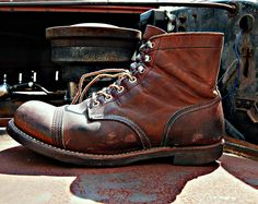 redwing iron rangers- classic model.