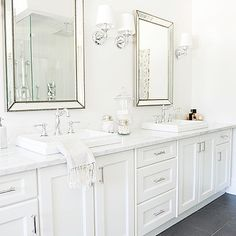 Superbe Tracey Ayton Photography   Bathrooms   Gray Slate Floor, Beaded Mirrors, Beveled  Mirrors,