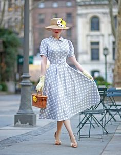 Mode Outfits, Retro Outfits, Vintage Outfits, Fashion Outfits, Vintage Inspired Outfits, 50s Inspired Fashion, 1950s Outfits, Fashion Boots, Vintage Dresses 50s