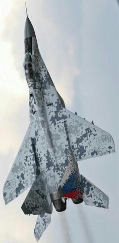 hanspanzer: enrique262: MiG-29 Me encanta ese camuflaje. I...