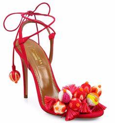 Ayakkabılar Artık Tropikal Havada
