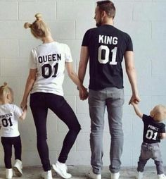 King Queen Prince Princess 01 Father Mother Daughter Son Matching shirts King and Queen shirts UNISEX Price per item - Princess T Shirt - Ideas of Princess T Shirt - König Königin Prinz Prinzessin 01 Vater Mutter Tochter Sohn King Y Queen, King Queen Prince Princess, King Queen Shirts, Family Goals, Family Love, Couple Goals, Cute Family Pictures, Baby Family, Father Son Pictures