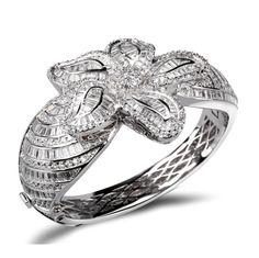 Lucrezia - CZ #Diamonds  Gold / Silver luxuryBangle  #LaMiaCara #DolceVita #Jewelry #Fashion #Accessories https://lamiacara.com/collections/bracelets-bangles-la-mia-cara-jewelry/products/lucrezia-cz-diamonds-gold-silver-luxery-bangle?utm_content=buffer009c3&utm_medium=social&utm_source=pinterest.com&utm_campaign=buffer