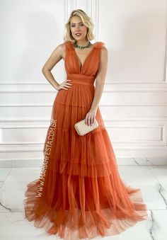 vestido longo terracota para madrinha de casamento Terracota, Dress Party, Beautiful Women, Formal Dresses, Fashion, Bridesmaids, Long Dress Party, Party Fashion, Brides