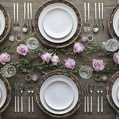 Everything about this image via @casadeperrin #tablescape #inspiration