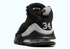"Nike Air Max Bo Jax ""Raiders"" #streetwear #sneakers #sneakerheads #urban #swagger #sneakerlife #fashion #streetfashion #urbanwear #dopeshit #sickkicks #dopekicks #shoes"