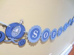 Hey, I found this really awesome Etsy listing at http://www.etsy.com/listing/158182170/cinderella-disney-princess-name-banner