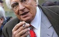 La scomparsa di Marco Pannella Marco Pannella, storico leader dei Radicali italiani si è spento oggi , presso una clinica romana dopo una lunga malattia.  Nato nel 1930 ha speso la sua quasi totalità della vita in politica, cond #marcopannella #radicali #politica