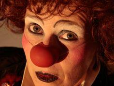 """""""Escalafobética"""" e """"Criaturas"""", os dois trabalhos mais recentes da Palhaça Rubra, interpretada pela atriz e cantora Lu Lopes, chegam em janeiro no Sesc Pompeia."""