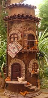 sandylandya@outlook.eshacer tejas decoradas - Buscar con Google Clay Houses, Ceramic Houses, Miniature Houses, Tile Crafts, Clay Crafts, Gnome House, Spanish Tile, Roof Tiles, Fairy Doors