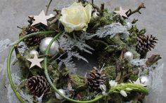 13 Dec. wordt een zondagmiddag om niet te vergeten!! hoezo? Kom in Amsterdam een fraaie kerstkrans maken van bijzondere en mooie materialen.   Of geen zin om hier heen te komen? Nodig ons uit op uw locatie! vraag naar de mogelijkheden. henry@bloomings-amsterdam.nl en bekijk de site even voor nog meer leuke items. Graag tot snel, grt. Henry