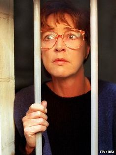 Corrie legend Anne Kirkbride to be honoured at British Soap Awards Coronation Street Blog, Anne Kirkbride, Soap Awards, Tony Blair, Music Tv, Coloring Books, How To Memorize Things, Death