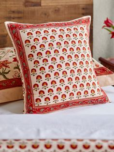 The Tropical Garden Complementary floral decorative throw cushion cover profoundly captures the experience of standing in a Tropical Garden on a brilliant summer day. Colorful Throw Pillows, Throw Cushions, Cushion Covers, Pillow Covers, Decorative Cushions, Tropical Garden, Pillow Shams, Floral