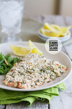 Almond Crusted Salmon on Taste and Tell -  foodiedelicious.com  #Seafood #Seafooddishes