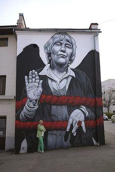 """Artist: MTO """" Ms REET """" #streetart"""
