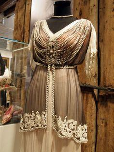 с выставки моды эпохи модерн в Риге