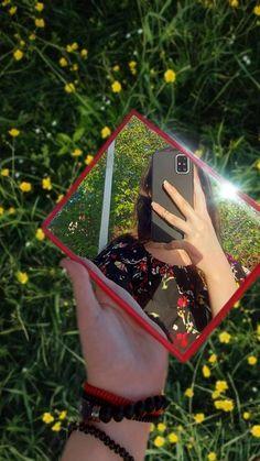 Girl Hand Pic, Cute Girl Pic, Cute Girl Poses, Girl Photo Poses, Stylish Girls Photos, Stylish Girl Pic, Cool Girl Pictures, Girl Photos, Beautiful Girl Facebook