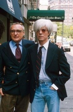 Bowie and Dennis Hopper filming Basquiat. David Bowie Andy Warhol, Dennis Lee, Boys Keep Swinging, Mick Ronson, Dennis Hopper, Photography Career, The Thin White Duke, Actor Studio, Duke