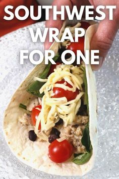 This tasty Southwest wrap comes together quickly with either ground chicken or ground turkey and is filled with beans, tomatoes, cheese and so much flavor. It can be ready in less than 15 minutes! Kitchen Dishes, Food Dishes, Main Dishes, Breakfast Recipes, Dessert Recipes, Single Serving Recipes, Roll Ups Tortilla, Cooking For One, Ground Chicken