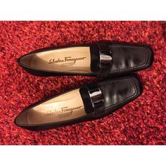 💯Authentic Ferragamo Loafers 7.5 AA Classic, beautiful and comfortable. Very lightly used. 1.5 inch heels. Box has some wear from storage but the shoes are in great condition. Salvatore Ferragamo Shoes Flats & Loafers