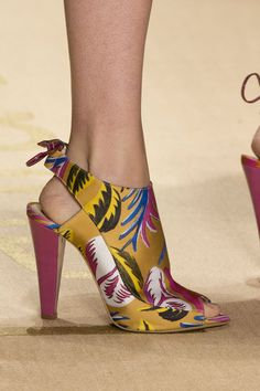 >>>Cheap Sale OFF! >>>Visit>> Laura Biagiotti at Milan Spring 2015 (Details) Shoe Boots, Shoes Heels, Pumps, Mode Shoes, Laura Biagiotti, Fashion Shoes, Milan Fashion, Fashion Spring, Unique Shoes