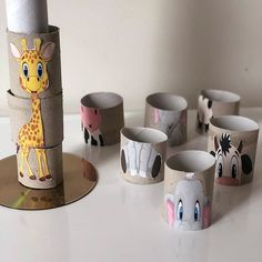 21 Creative and Fun Toilet Paper Roll Crafts Kids Will Love Making This! In this post, I'm sharing all of our favorite toilet paper roll crafts easy and paper towel roll crafts as well as ways to use other cardboard tubes for art, crafts and activities. Baby Art Activities, Toddler Learning Activities, Montessori Activities, Kids Learning, Motor Activities, Family Activities, Kids Crafts, Art Crafts, Paper Towel Roll Crafts