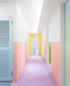 Ideal plans on the subject of home improvment. home improvement tips USA. Home decor. Textured Wallpaper, Pastel Colors, Pastel Shades, Rainbow Colours, Colorful Interiors, Colorful Rooms, Colorful Apartment, Color Inspiration, Interior Styling