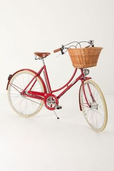 Anthropologie's Pashley Brittania Bike: retro, pretty, practical, and SO French