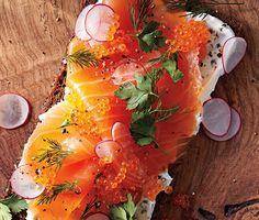 Smoked Salmon Smørrebrød Recipe #newyearsbrunch