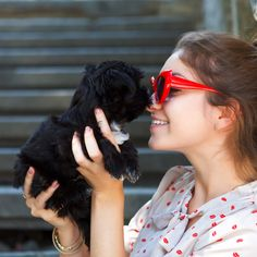 Why You're Undateable: Girl With a Dog