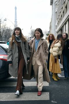 The Best Street Style From Paris Fashion Week, Day 3 #parisfashionweeks,