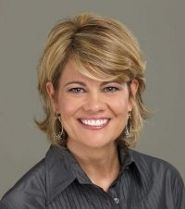 Listen to music from Lisa Whelchel like Good Girl. Find the latest tracks, albums, and images from Lisa Whelchel. Lisa Whelchel, Bangs Back, Bombshell Beauty, Women Of Faith, Celebrity Gossip, Cute Hairstyles, New Hair, Short Hair Styles, Hair