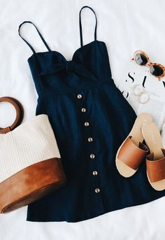 Love this outfit! Fitted Denim Dress, Blue Denim Dress, Dress Black, White Dress, Blue Dress Casual, Black Summer Dresses, Dress Summer, Casual Dresses, Cute Dresses