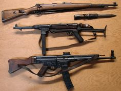 WWII German Kar rIfle, submachine gun, & the Sturmgewehr assault rifle. German Soldiers Ww2, German Army, Steyr, Mg34, Ww2 Weapons, Battle Rifle, Fire Powers, Assault Rifle, Cool Guns