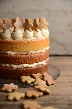 Waffle & Whisk: Gingerbread Latte Layer Cake with Gingerbread Men - Bakemas Day 16