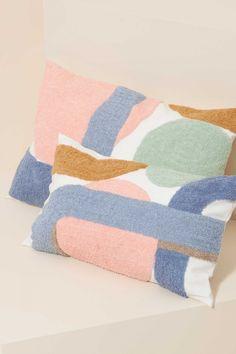 Modern Throw Pillows, Boho Pillows, Miami Art Deco, Art Et Design, Rug Yarn, Textiles, Colorful Candy, Loom Weaving, Punch Needle