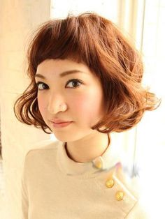 Short Hairstyle with bangs Short Sassy Hair, Short Curly Bob, Short Hair With Bangs, Short Hair Styles, Better Length, Cut And Style, Pretty Hairstyles, Hair And Nails, Brows