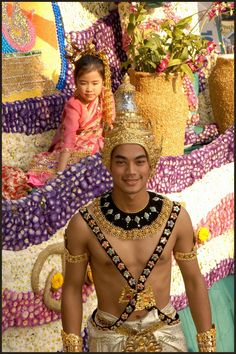 A float at Chiang Mai Flower Festival Parade, Thailand
