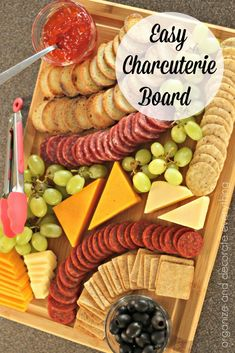 AD Inexpensive and Easy Charcuterie Boards for any celebration or event. I love the new line of Thyme & Table kitchen products. Make Inexpensive and Easy Charcuterie Boards for any Gathering or Celebration. Charcuterie Recipes, Charcuterie And Cheese Board, Charcuterie Platter, Cheese Boards, Charcuterie For Dinner, Inexpensive Appetizers, Appetizers For Party, Appetizer Recipes, Best Party Snacks