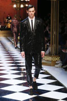 Dolce&Gabbana Summer 2017 Men's Fashion Show. www.dolcegabbana.com